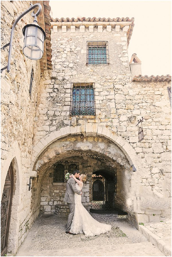 Timeless wedding in Eze, South of France